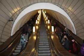 escalator-on-st-petersburg-metro